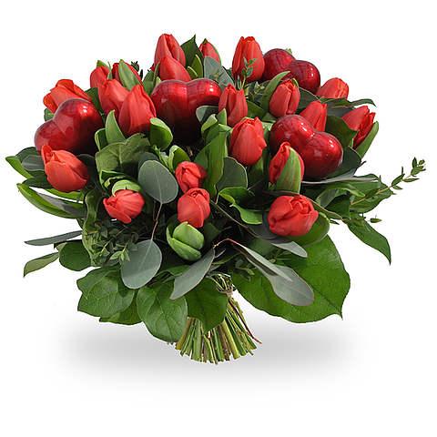 Rode tulpen met hartjes groot
