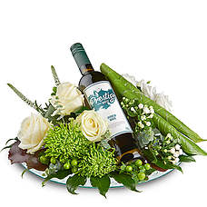 Flower arrangement with White prestige wine