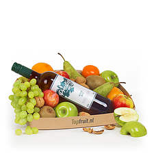 Fruitbasket with white wine